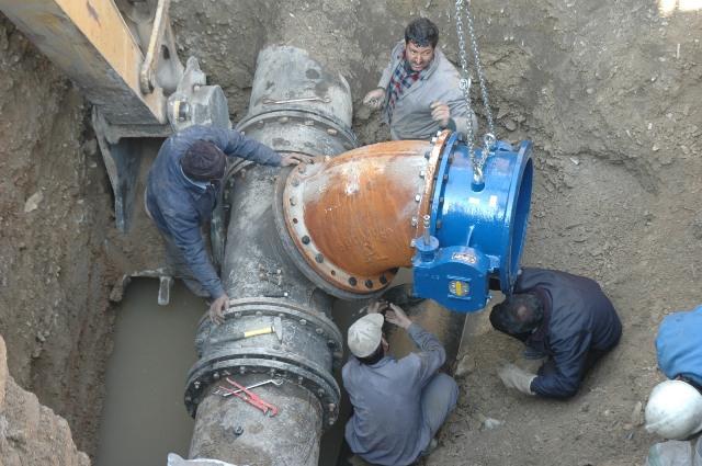 اتصال شبکه آب سد طالقان به شهرجدید هشتگرد تا پایان شهریورماه