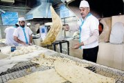 چانهزنی بر سر قیمت نان/ گران فروشی برخی واحدهای نانوایی البرز