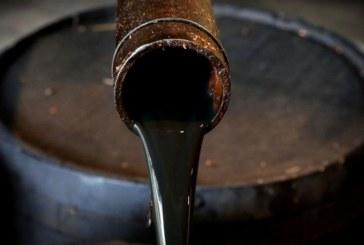 صادرات نفت ایران به کمتر از یک میلیون بشکه در روز رسید