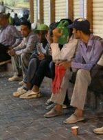 کارگران فصلی ایرانی امنیت شغلی ندارند